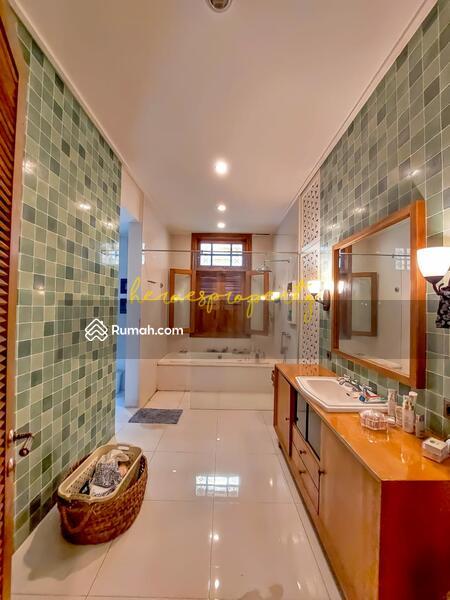 Bangka - Kemang Rumah Kolonial Klasik Mewah Desain Full Artistik Yang Langka di Jakarta #105738379