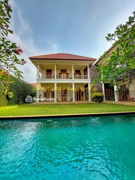Bangka - Kemang Rumah Kolonial Klasik Mewah Desain Full Artistik Yang Langka di Jakarta #105738389