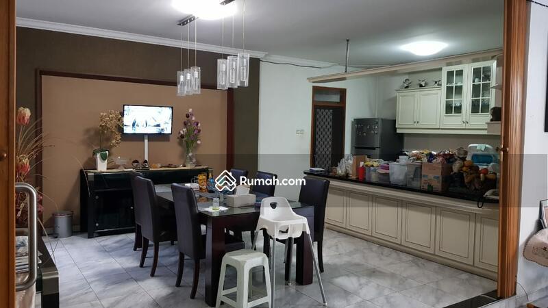 Dijual Rumah Intercon 2 Lantai Siap Huni #105746399