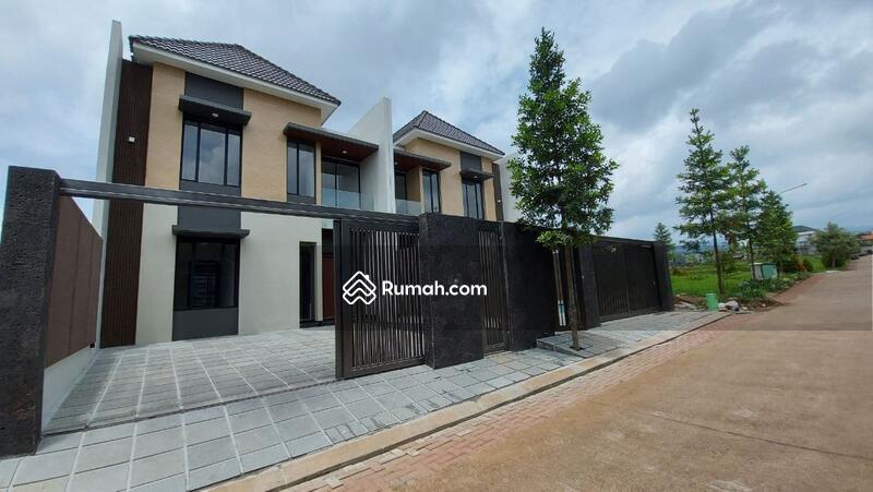 Rumah Baru Mewah Setra Duta #105783581