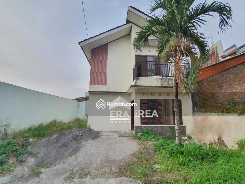 Rumah 2 Lantai di Tohudan Colomadu #105856327