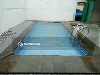 Dijual - Jual Cepat rumah siap pakai, model Cluster,  2 lantai, ada kolam renang pribadi