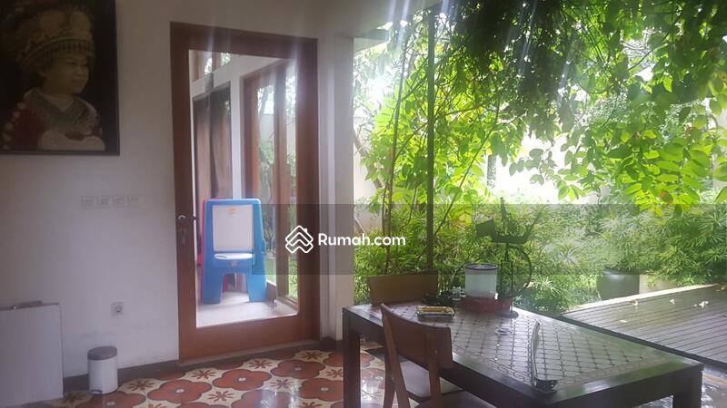 Rumah Mewah, luas dan sejuk Siap Huni di Veteran Bintaro #105875091