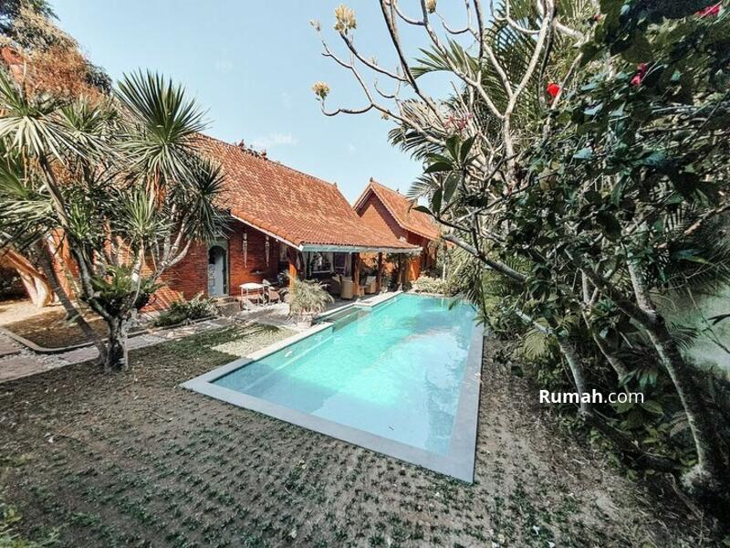 Joglo Villa style for SALE in Pererenan - Canggu . #105882413