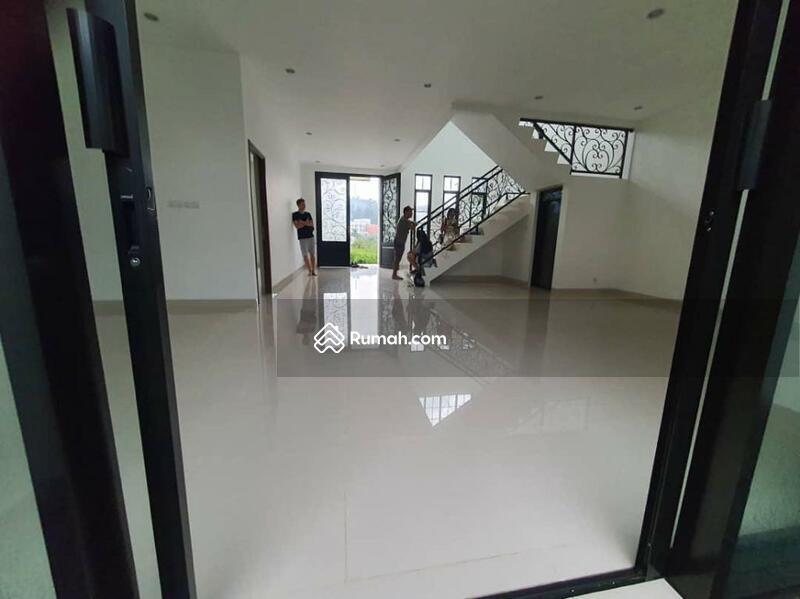 Dijual rumah BU  Bangunan Baru Jl.Maple Drive Santorini - Sentul,Bogor #105883817