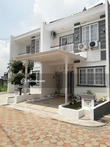 Hunian 2 lantai gaya American House hanya DP 10JT Free All In Biaya hanya 10 menit ke stasiun depok #105936525