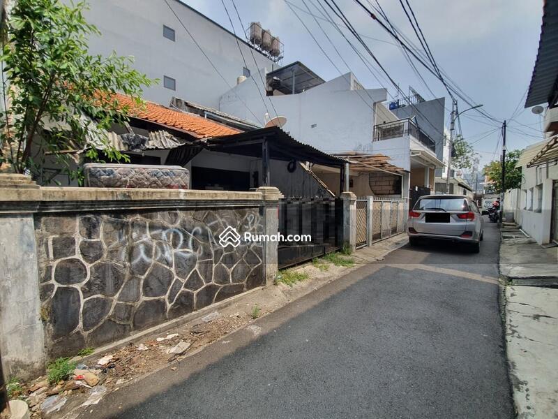 Andre Tjhia- Tanjung Duren Jalan 1 mobil Lega, daerah kost #105956603