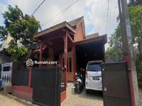 Dijual - Dijual Rumah Second Siap huni lokasi strategis dekat Tol Jatiwarna di Kodau Bekasi