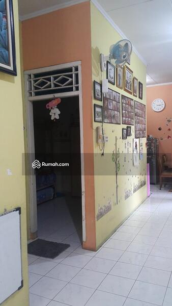 Rumah siap huni jual BU di bawah pasaran lokasi dekat kampus UI tanah baru beji depok #106083151