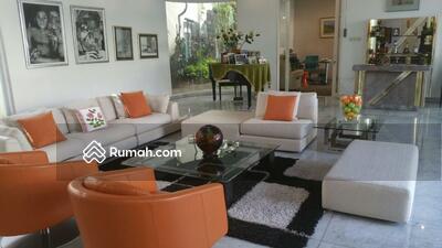Dijual - Rumah di Pondok Indah LT 940 m2 LB 693 m2 Dijual Rp 55 Milyar Nego
