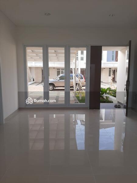 The Riviera at Puri LT : 140 m2 LB :165 m2 harga Rp 4.3 Milyar #106174511