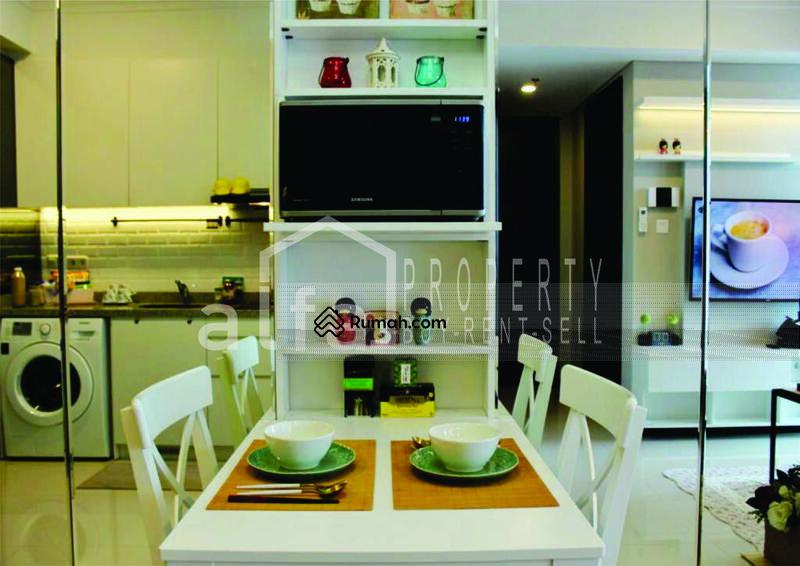 Disewakan Cepat Dan Murah Apartemen Casa Grande Tower Chianty 2 BR Luas 67 m2 Fully Furnished #106188279