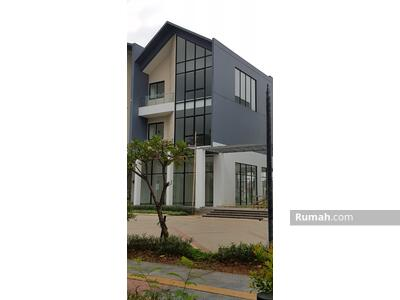Disewa - Disewakan Ruko Hoek Boulevard di Jakarta Garden City uk. 8x17, 3, 5 lantai
