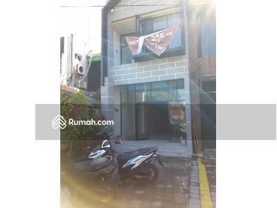 Disewa - Ruko/shop 2 lantai di Seminyak
