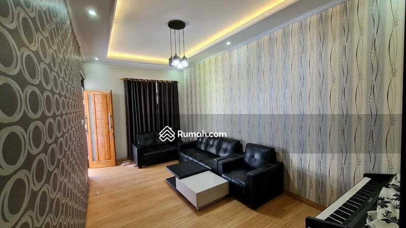 Rumah Cantik Di Dalam Cluster Jalan Kolonel Masturi Lembang #106223667