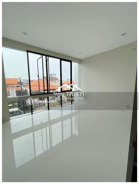 Dijual rumah manyar baru gress desain modern lux (TK) #106223771