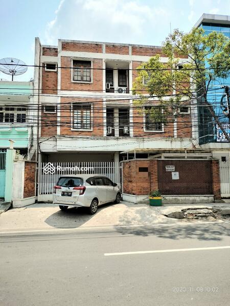 Rumah Kos 25 Kamar 3 Lantai Hitung Tanah Tanjung Duren Utara Jakbar #106271121