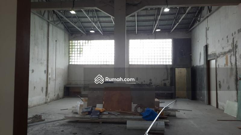 Di Jual rumah Komplek Karang Tengah Permai- Ciledug Tangerang #106275431