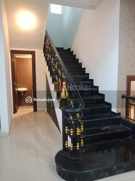 Sewa Rumah Siap Huni,Modern Minimalis dan Nyaman Jl. Seroja Semarang Tengah-5826 #106278921