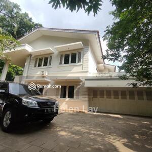 Disewa - Rumah didaerah Dharmawangsa Jaksel