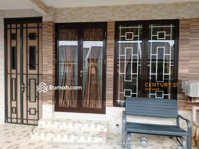 Dijual - Dijual Rumah Bagus siap huni di cluster Cosmo Lippo Cikarang
