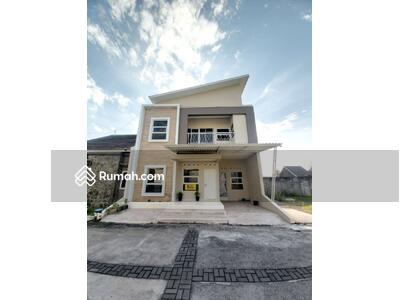 Dijual - Rumah siap huni 2 lantai perumahan mewah di baki dekat solo baru
