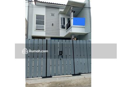 Dijual - Rumah Baru, Luas di Pondokgede, Bekasi