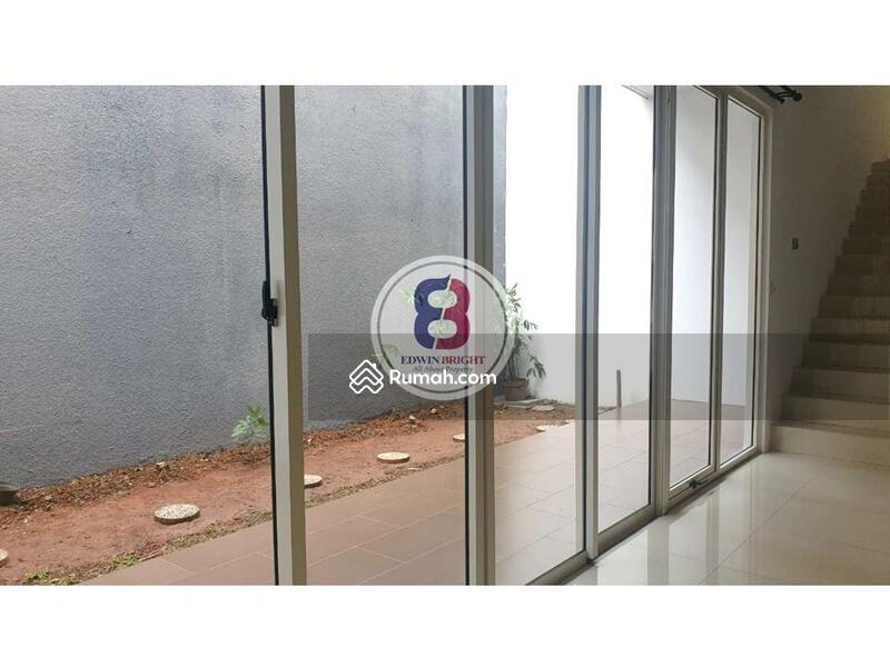 Rumah Disewa di Kebayoran Residences Bintaro Jaya Termurah Bagus Rapi Cantik Siap Huni Lokasi Premiu #106444055