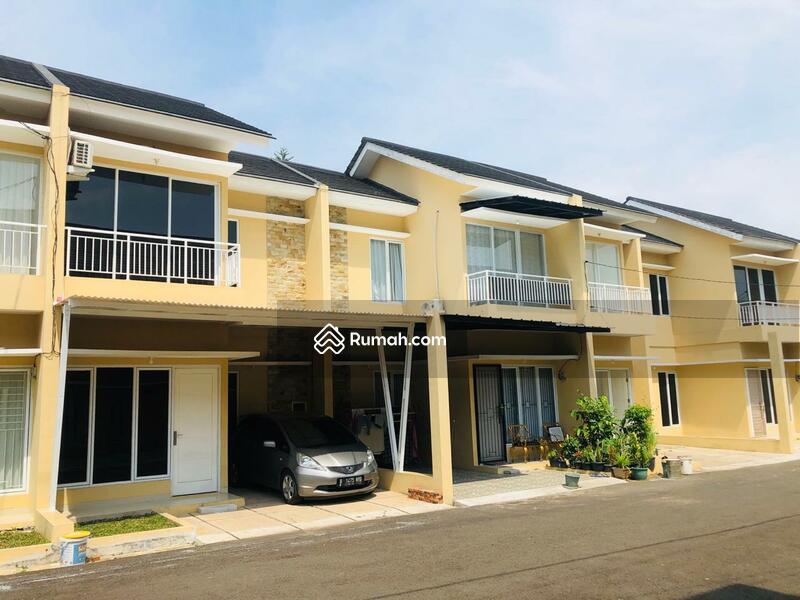Rumah mewah harga murah lokasi pinggir jln raya dekat ke aeon mall BSD Serpong #106451709
