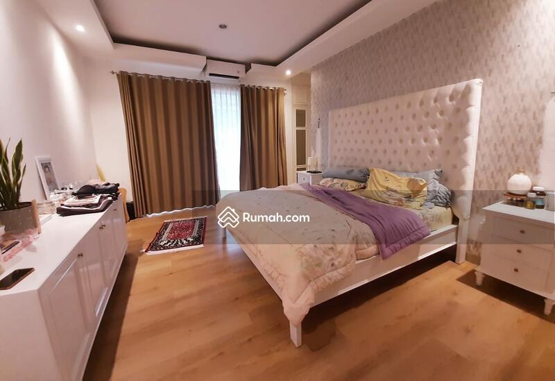 Rumah Siap Huni di Kebayoran Essence (M) #106468023