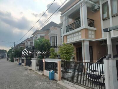 Dijual - Rumah Bagus 2 Lantai Dalam Perumahan Elite di Tajem Maguwoharjo Sleman Yogyakarta