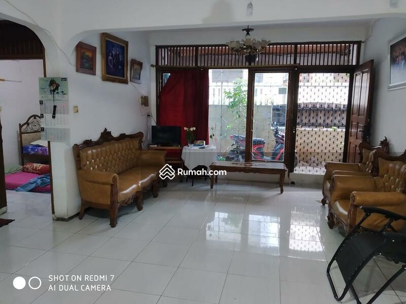 Dijual Rumah 2 Lantai di Tanjung Duren Jakarta Barat #106494499