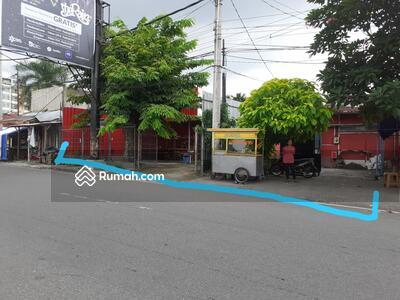 Dijual - Tanah Bagus Premium di Seberang Superindo Depok Sport Seturan Sleman