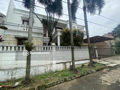 Dijual - Rumah Mewah Harga Murah Komplek Dekat Pintu tol krukut