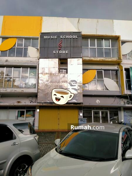 Ruko Gadget  3 Lantai Lokasi Ramai , Gading Serpong #106519137