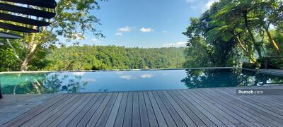 Dijual - Villa dengan panorama lembah, junggle di ubud bali