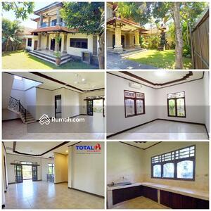 Disewa - Disewakan Rumah 2 Lt di daerah Renon, Denpasar