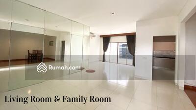 Disewa - Rumah 2 lantai siap huni luas 148m 9x16 type 3+1KT cluster cassia JGC Jakarta garden city cakung