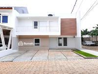 Dijual - Rumah 2 Lantai Tipe 52 / 60 Di Cluster Bojongsari Sawangan Depok