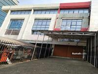 Disewa - Ruko Sunter. Jl. Mitra Sunter Boulevard, Sunter Jaya 14350, Tanjung Priok, Jakarta Utara