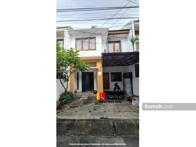 Disewa - Disewakan Rumah semi Furnished siap Huni di Tebet, cawang, Jakarta Selatan