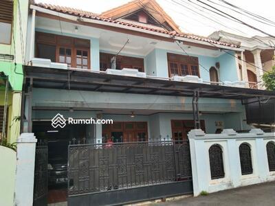 Dijual - HARGA DIBAWAH PASAR Rumah Second Butuh Renovasi di Tebet Jaksel
