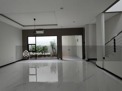 Dijual - Jual Rumah New Minimalis Modern Citraland dekat Universitas Ciputra Surabaya Barat