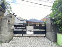 Disewa - Rumah / kantor di Jalan Utama