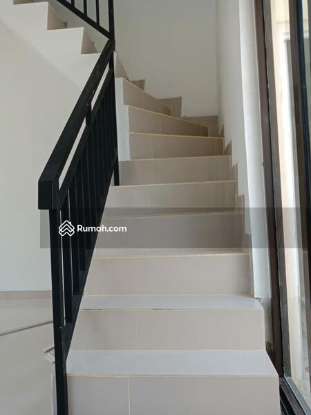 Rumah 2 lantai paling murah lokasi dekat stasiun Cisauk, aeon mall, ice BSD #106871935
