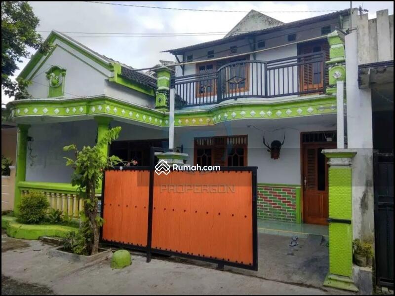 Rumah murah 2 lantai desain minimalis daerah perumahan sumbersari permai 1 kramat jember #106902601