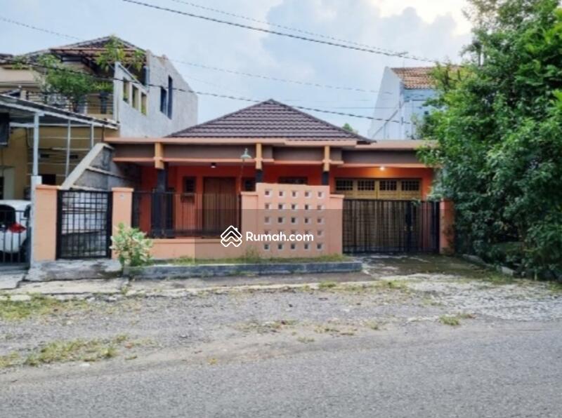 Rumah Manahan Solo Kota #106926807