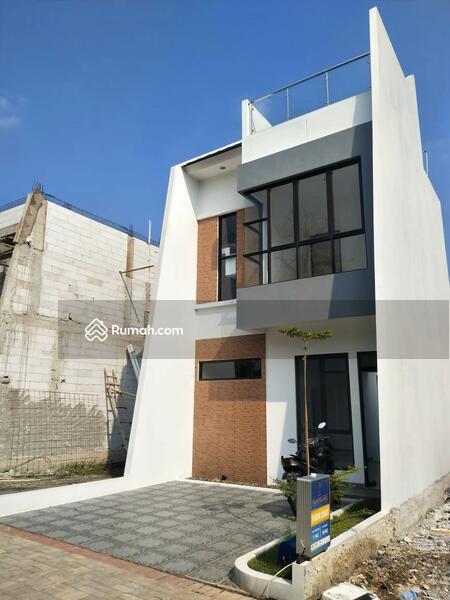Modern House 2 Lantai di Beji Yg Low Budget Lokasi 8 Menit Ke Stasiun Pondok Cina #106985869