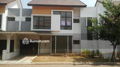 Dijual - RECOMMENDED Rumah  mewah 2 lantai 198m 12x17m type4KT cluster Lantana JGC Jakarta Garden City