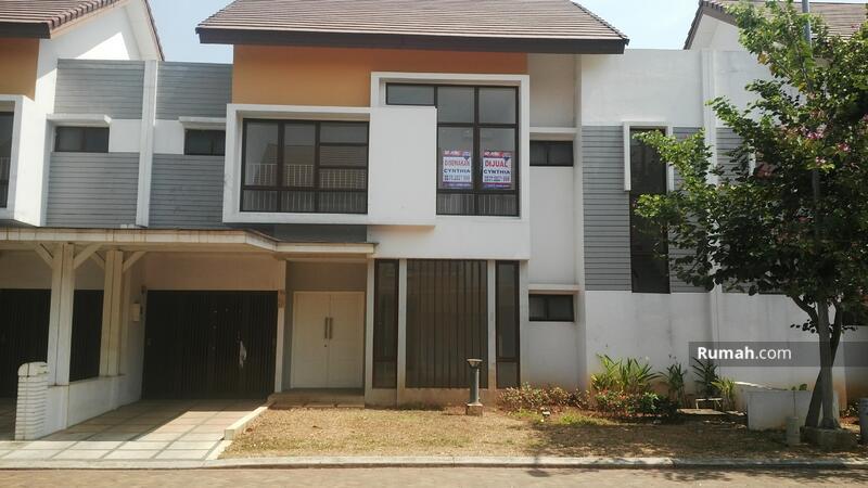 RECOMMENDED Rumah  mewah 2 lantai 198m 12x17m type4KT cluster Lantana JGC Jakarta Garden City #107670315
